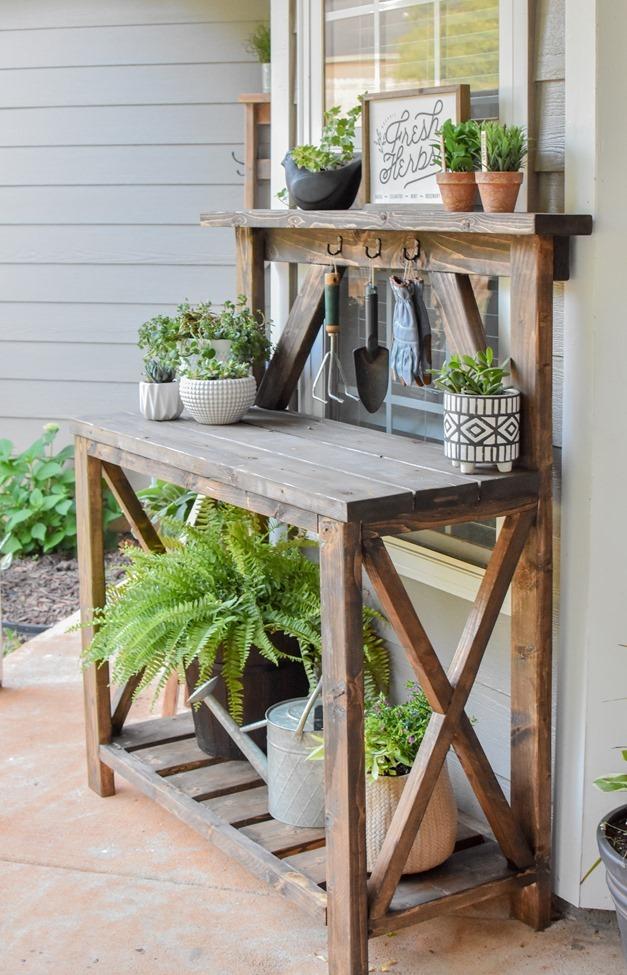 DIY Farmhouse Potting Bench-10