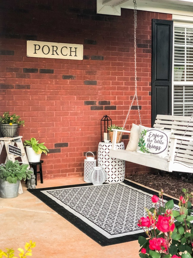 Spring Front Porch-37