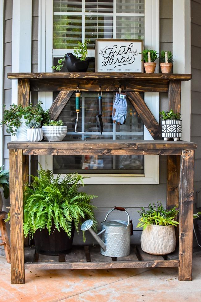 DIY Farmhouse Potting Bench-2