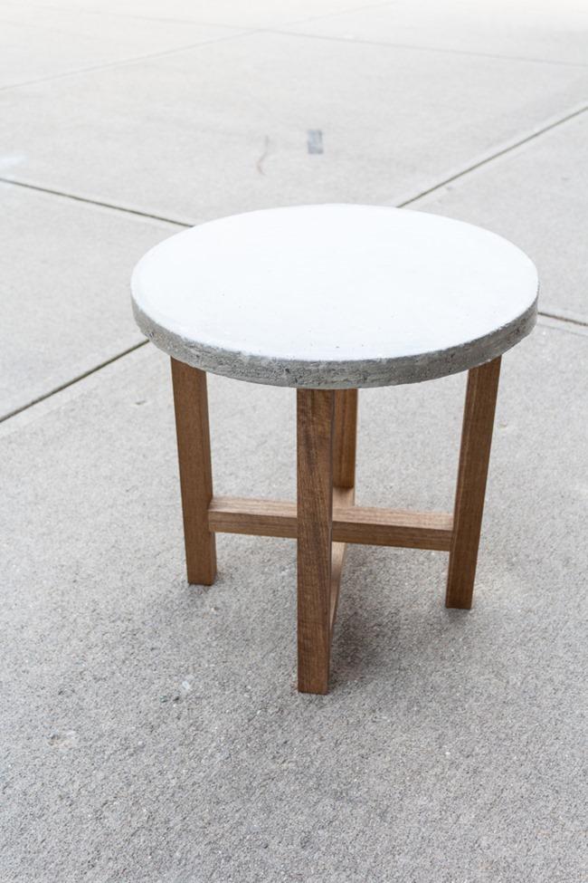 DIY-Outdoor-concrete-table-1-3-768x1152