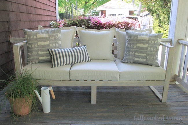 Easy-DIY-Modern-Outdoor-Sofa-26-wm-768x512