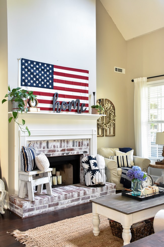 Summer Patriotic Mantel and Home Tour-12