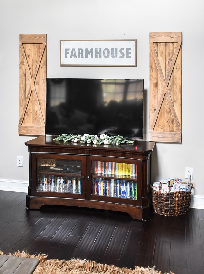 DIY Farmhouse style decorative shutters-7