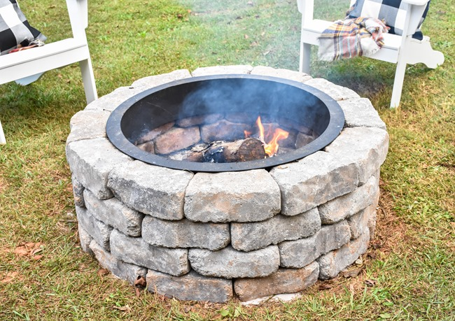 How to build a DIY firepit in your backyard-37