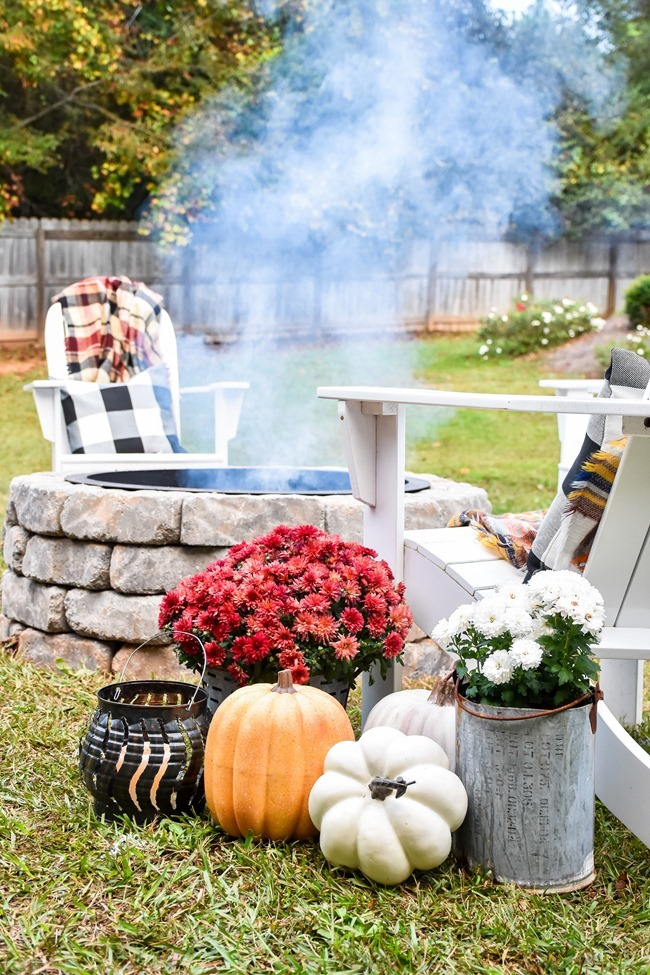 How to build a DIY firepit in your backyard-45