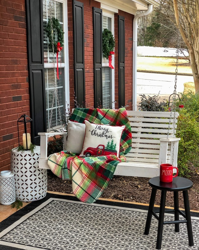 Classic Christmas front porch -22