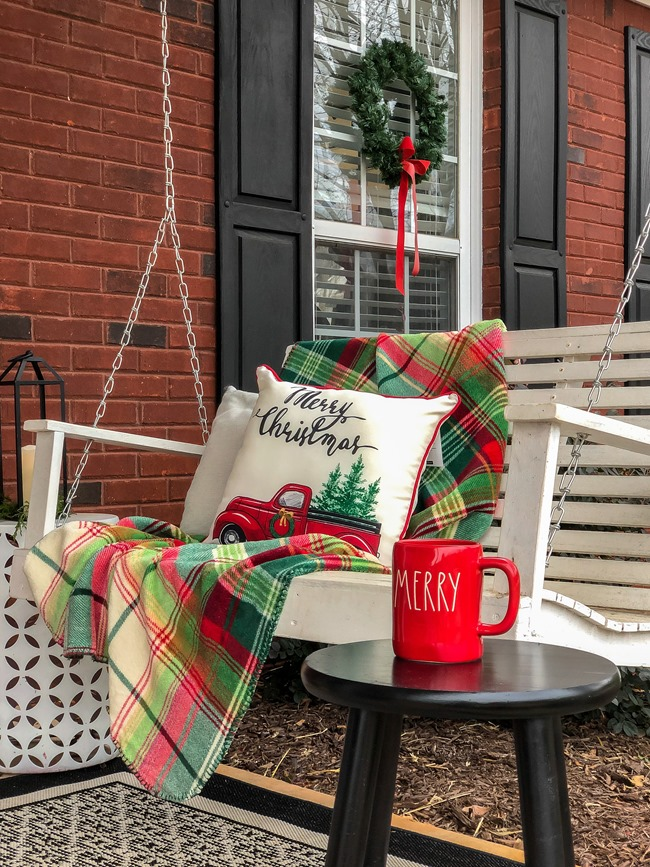 Classic Christmas front porch -37