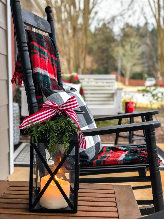 Classic Christmas front porch -46