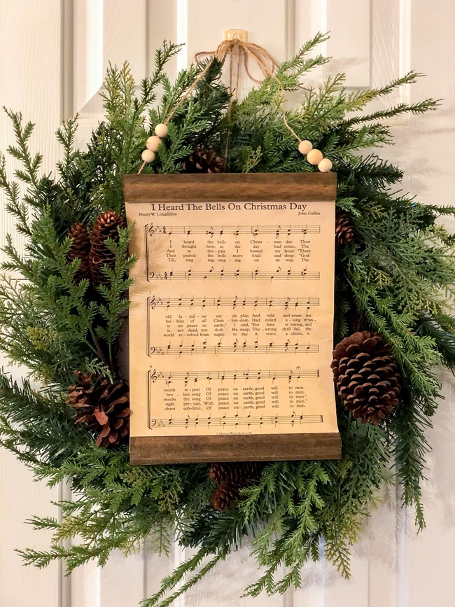 How to make a DIY Christmas music page wall hanging or ornament-25