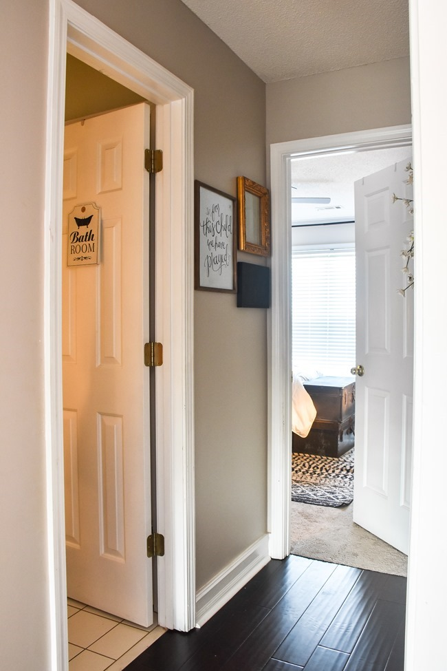 $100 room makeover hallway before-1