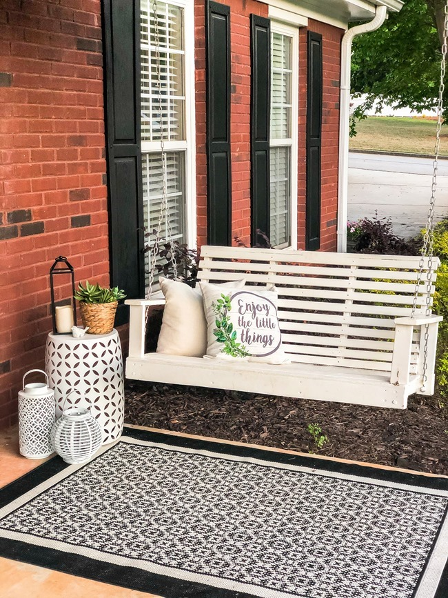 Spring Front Porch-38