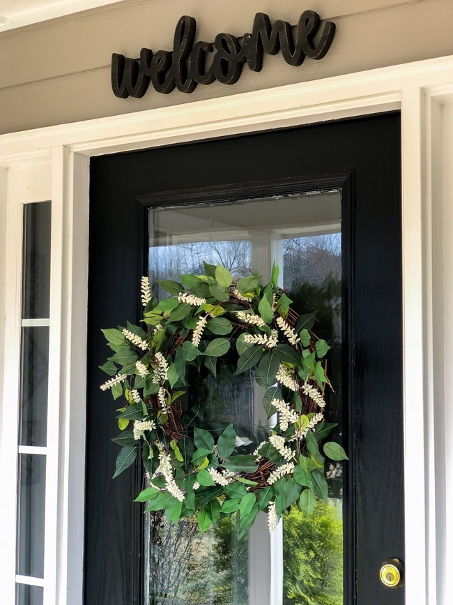 Green and White DIY Simple Spring Wreath-13