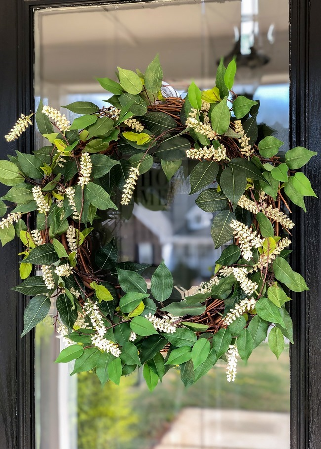 Green and White DIY Simple Spring Wreath-9