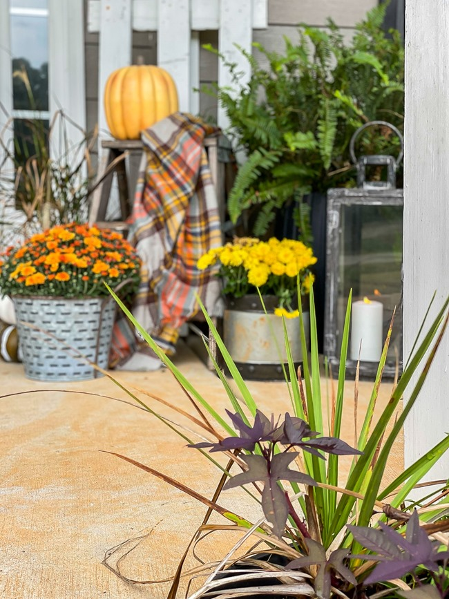 Cozy Fall Front Porch-20