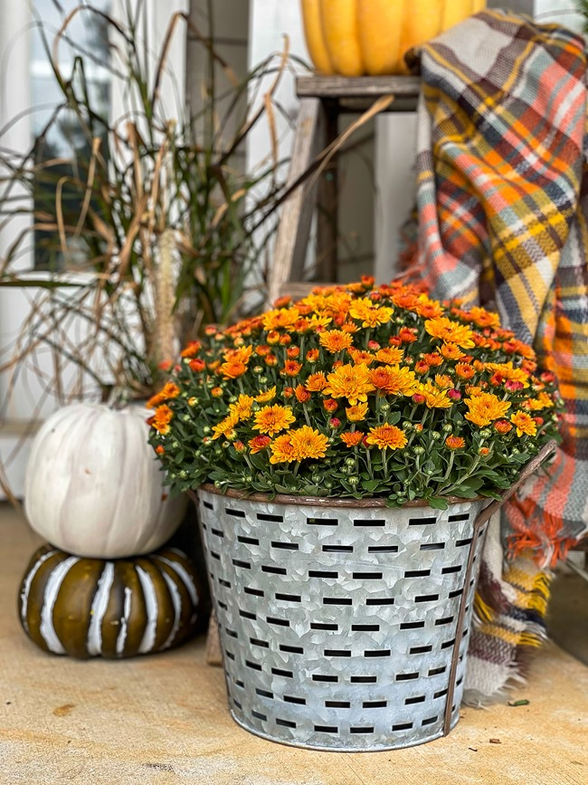 Cozy Fall Front Porch-25